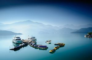 Sun Moon Lake One Day Tour Packages